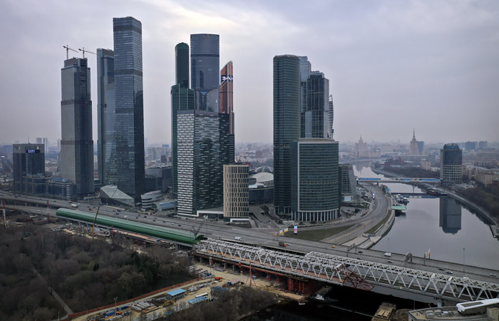 Московские дороги за три недели стали свободнее на 86%