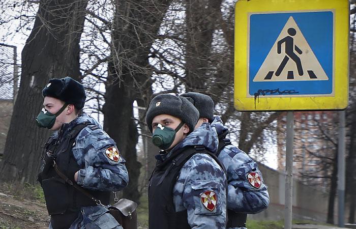 Собянин подписал закон о штрафах за нарушение самоизоляции в Москве