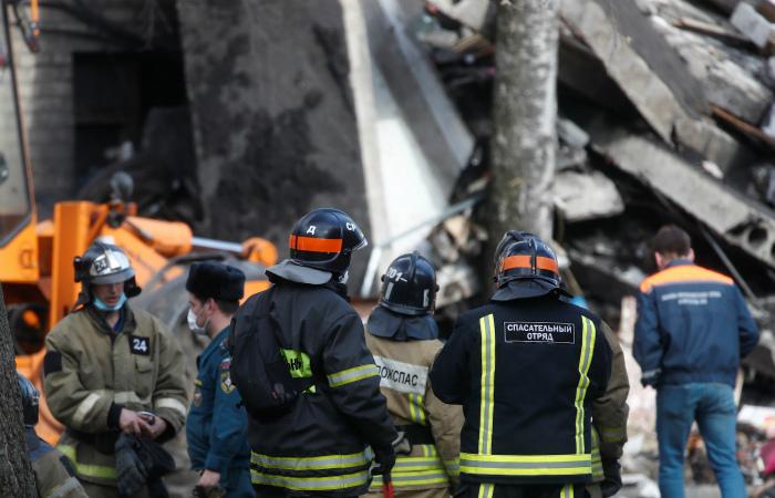 Шесть человек спасены из-под завалов на месте взрыва газа в Орехово-Зуеве