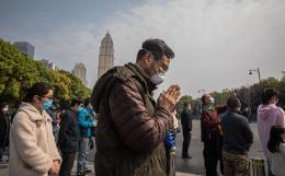 День траура по жертвам коронавируса начался в Китае