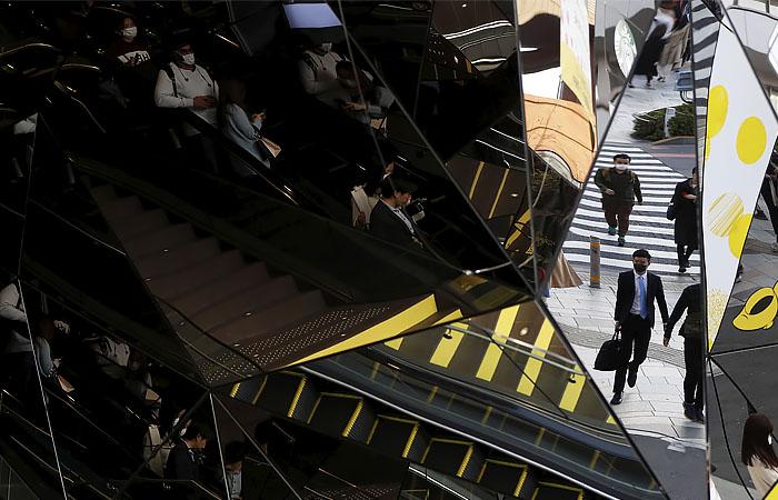 Власти Японии поддержат граждан выплатами по $2750, а экономику - $1 трлн