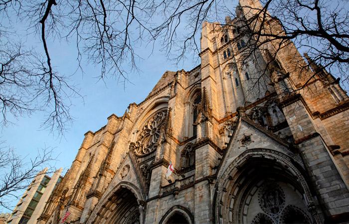 Кафедральный собор Нью-Йорка станет полевым госпиталем из-за COVID-19