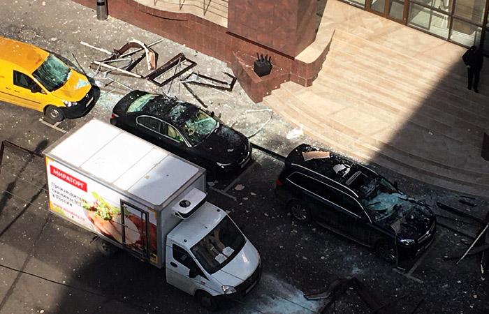 В московском бизнес-центре произошел взрыв