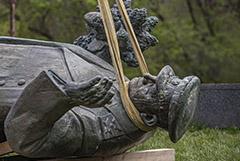 СКР возбудил дело о сносе памятника маршалу Коневу в Праге