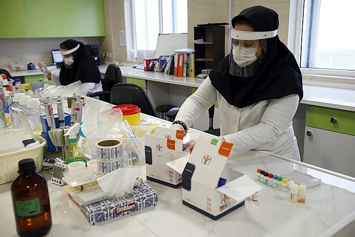 Иран проверит версию создания коронавируса военными биологами