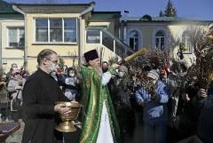 В РПЦ попросили объяснить штрафы, назначенные отправившимся в церковь верующим