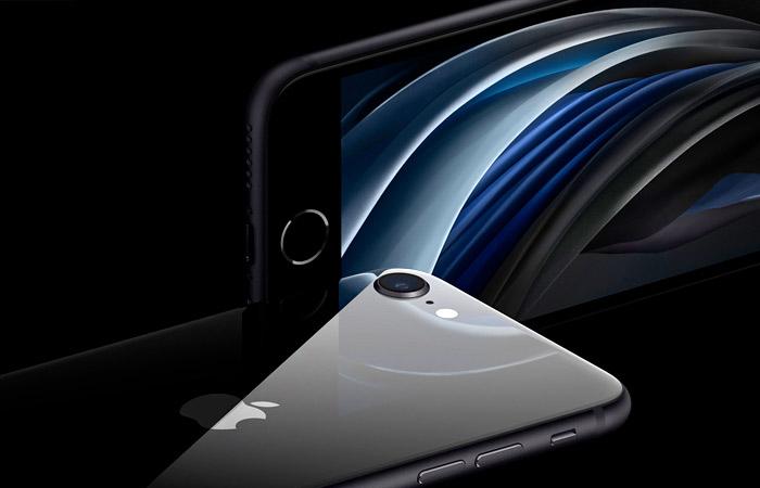 """Apple представила iPhone SE с дизайном """"восьмерки"""" и производительностью iPhone 11"""