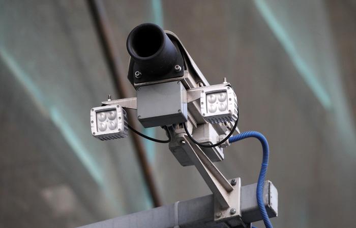 В Мосгордуме заявили, что уличные камеры не фиксируют езду без пропусков