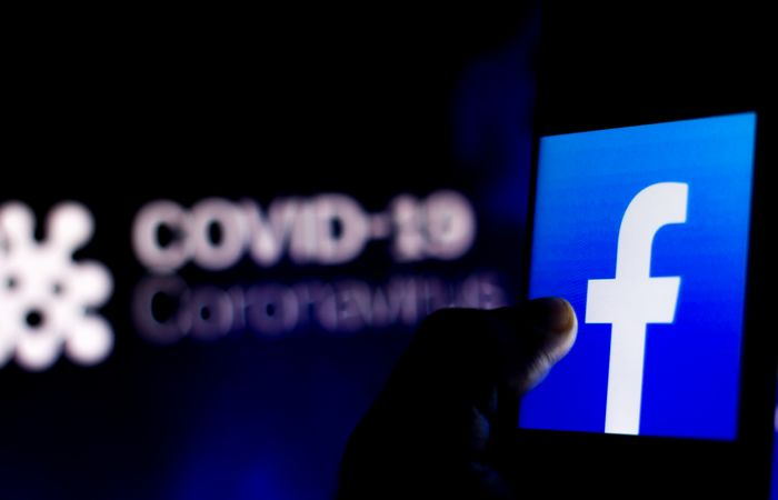 Facebook будет предупреждать о ложной информации по COVID-19