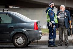 Москвичи старше 65 лет могут оформить разовый пропуск для самоизоляции на даче