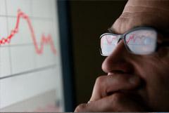 Индекс РТС упал до минимума с начала апреля на фоне обвала нефти и рубля