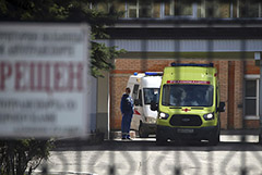 Замминистра связи сообщил о сотне заразившихся журналистов