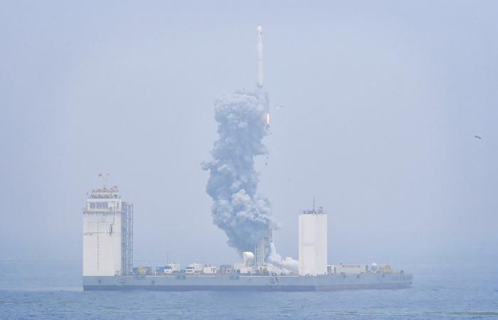 """Проект запуска ракет с плавучей платформы  """"Морской старт"""" будет заморожен"""
