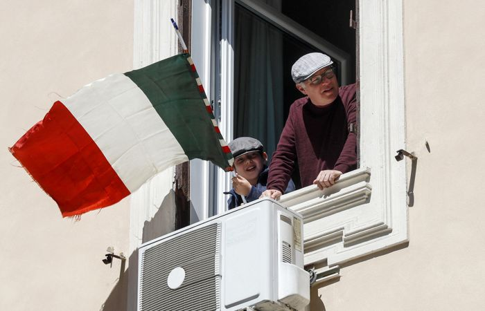 В Италии отметили значительное замедление распространения COVID-19