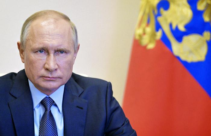 """Путин призвал Запад вспомнить об """"истинном союзничестве"""" времен Второй мировой"""