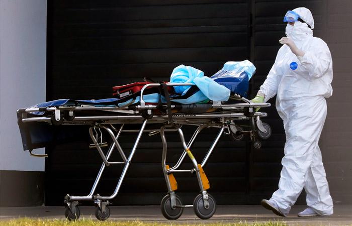 Темп прироста числа заболевших коронавирусом в России снизился в 3,5 раза