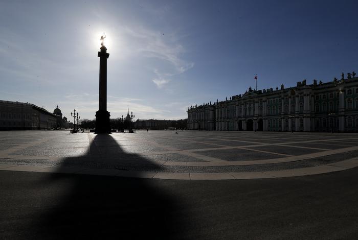 Иностранные дипломаты призвали петербуржцев соблюдать самоизоляцию