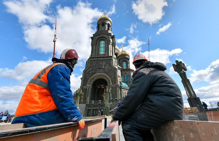 Источник узнал о переносе открытия главного храма ВС