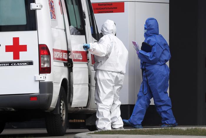 В Москве скончались еще 65 пациентов с коронавирусом