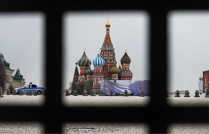Запрет на въезд в Россию иностранцев продлен на неопределенный срок