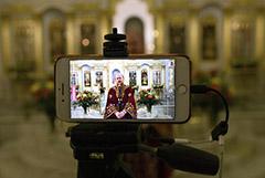 Популярность религиозных ТВ-программ в России выросла вдвое в предпасхальную неделю