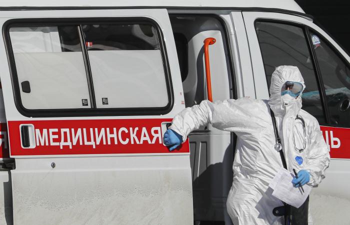 Врач выпал из окна больницы под Воронежем, где он лечился от коронавируса