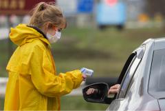 В Минздраве заявили, что часть мер против COVID-19 сохранится до появления вакцины