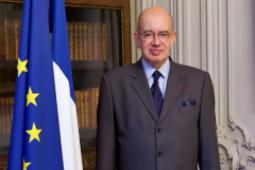 Посол Франции в РФ: из-за пандемии некоторые компании могут уйти с российского рынка