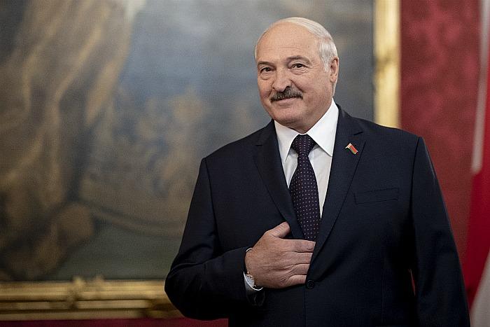 Лукашенко пригласил глав государств бывшего СССР приехать на парад 9 мая в Минске