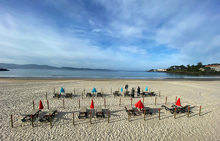 На побережье Испании начали открываться первые отели