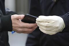 Собянин не стал отменять оформление пропусков на передвижение по Москве через СМС