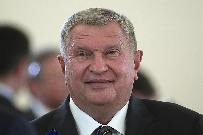 """Сечина оставят главой """"Роснефти"""" еще на пять лет"""