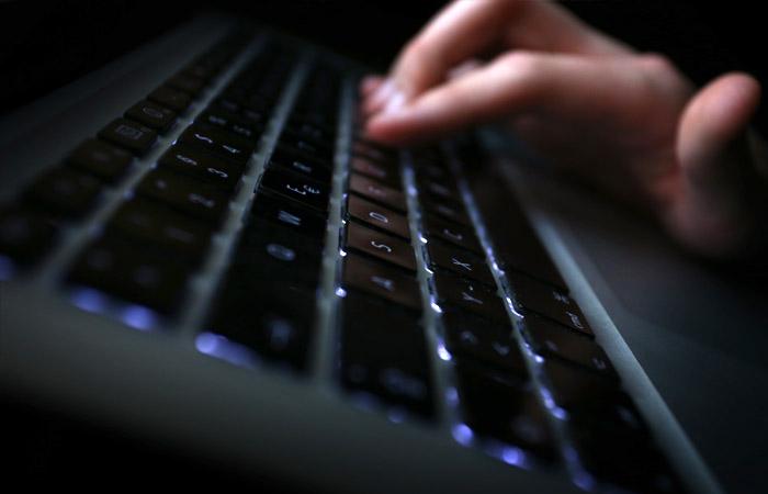 Мошенники создали десятки фейковых сайтов по выплате пособий семьям с детьми