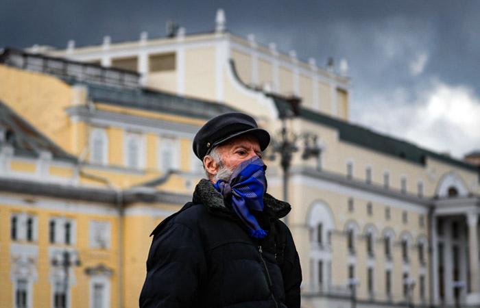 Глава Роспотребнадзора предупредила россиян о риске осенней микст-инфекции