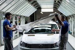 Профсоюз сообщил о сокращении штата на заводе Volkswagen в Калуге