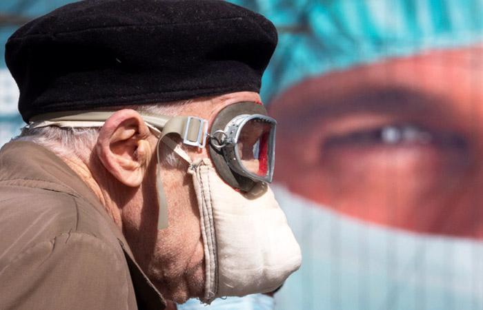 Путин обвинил правительство в нечетких формулировках о COVID-доплатах врачам