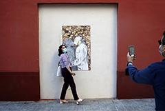 Власти Испании начнут восстанавливать туризм в конце июня