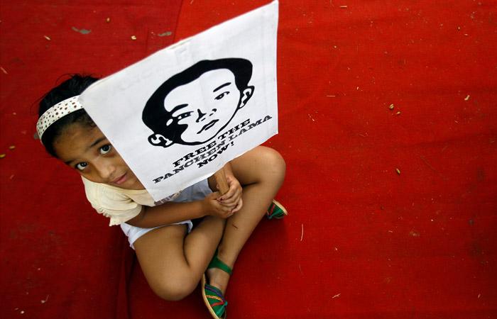 """Китай заявил, что пропавший 25 лет назад Панчен-лама """"не желает, чтобы его беспокоили"""""""