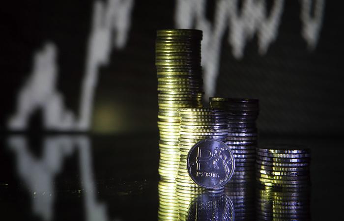 Банки в РФ реструктурировали примерно 11% портфеля займов всего малого и среднего бизнеса