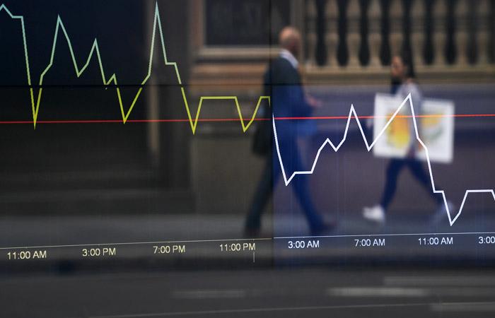 Вирус не успел испугать финрынки всерьез - панику залили дешевой ликвидностью центробанков. Обзор