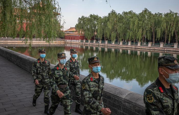 Китай увеличит оборонные расходы