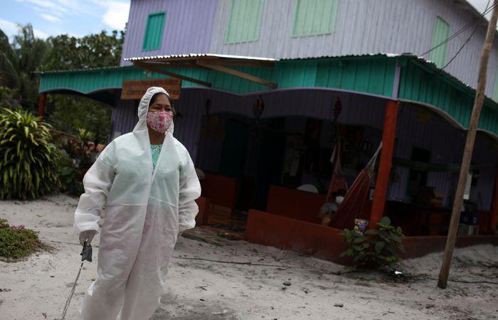 Бразилия отодвинула РФ на 3-е место влидерах покоронавирусу