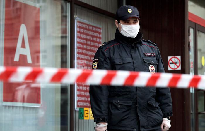 Захватчик отделения банка в центре Москвы арестован