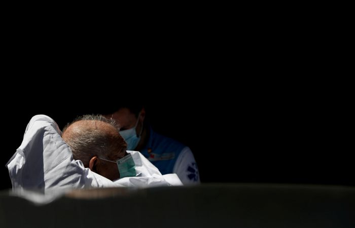 Испания пересчитала умерших от коронавируса