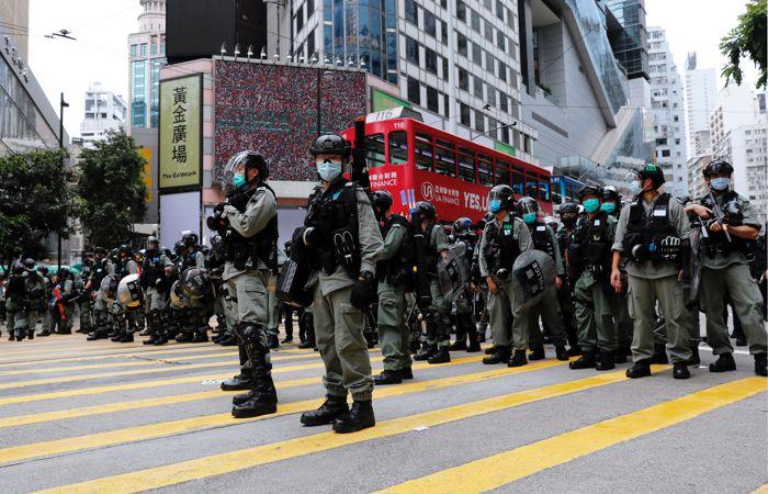 Гонконгский гарнизон поддержал вызвавший митинги закон о безопасности Гонконга