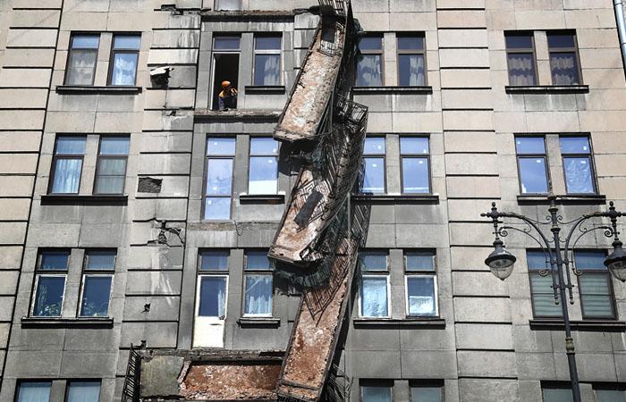 Чиновники связали обрушение балконов в Петербурге с нарушением гидроизооляции