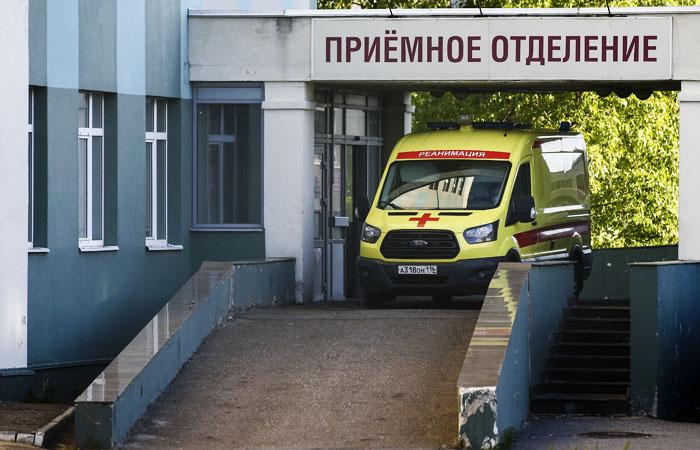 В России коронавирус за сутки нашли еще у 8 338 человек