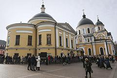 В Москве открыли для прихожан Покровский монастырь, несмотря на запрет РПЦ
