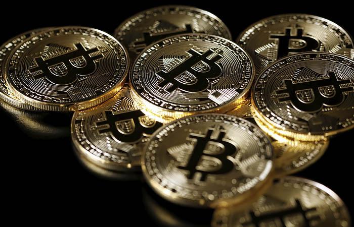 Криптовалюту разрешат покупать на зарубежных площадках и декларировать в РФ