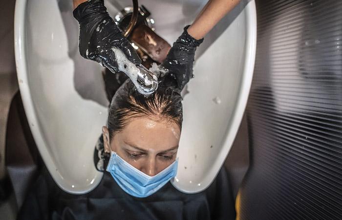 Власти Подмосковья собрались открыть парикмахерские с 3 июня